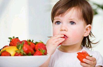 bebes-comiendo-11